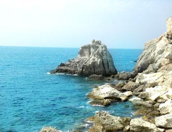 latinamipiace_isole-pontine-ponza_cala-cecata