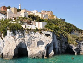 latinamipiace_isole-pontine-ponza_grotte-di-pilato