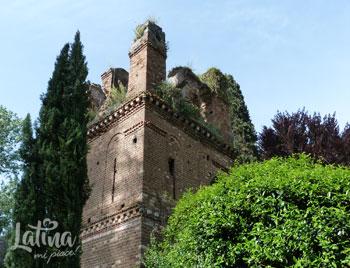 natura_giardino-di-ninfa-torre-merlata_latinamipiace