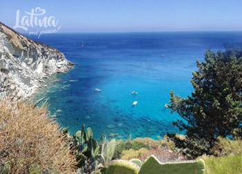 Cala-Gaetano-isola-di-Ponza-latinamipiace