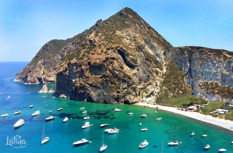 isola-di-Ponza-isole-Pontine-latinamipiace