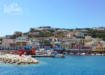 isola-di-Ponza-porto-latinamipiace