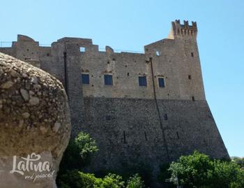 itri-castello-esterno-latinamipiace