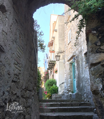 centro-storico-borgo-Gaeta-latinamipiace