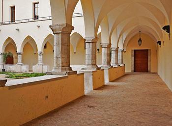 l'Auditorium-ed-il-complesso-di-San-Domenico-Fondi