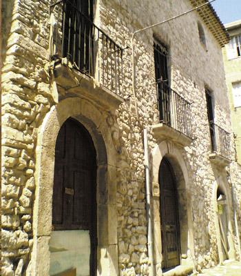La-casa-dei-fantasmi-a-Fondi-misteri-e-leggende-Provincia-di-Latina-latinamipiace