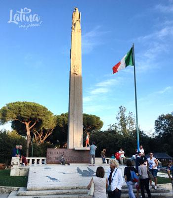 Monumento-ai-Caduti-Parco-della-citta-di-Latina-latinamipiace