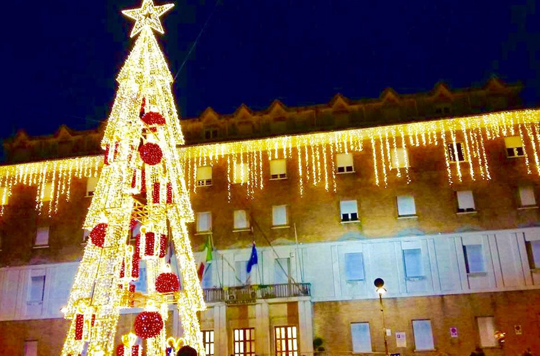 Luminarie-di-Gaeta-Natale-Provincia-di-Latina-latinamipiace