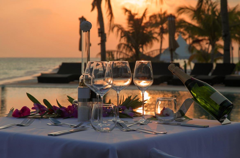 San-Valentino-nella-Provincia-di-Latina-Passeggiata-e-cena-di-San-Valentino-a-Sperlonga-latinamipiace