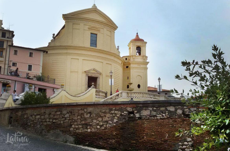 Chiesa-SS-Leonardo-ed-Erasmo-Roccagorga-cosa-vedere-e-cosa-fare-latinamipiace