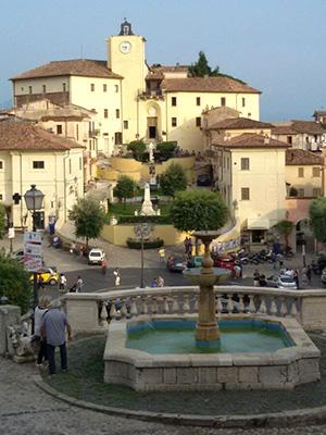 Palazzo-Baronale-o-Palazzo-Doria-Pamphili-Roccagorga-latinamipiace